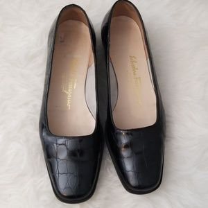 Salvatore Ferragamo Black Flat Shoes 6.5